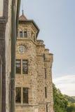 Castillo Lichtenstein - edificio auxiliar con la torre Imágenes de archivo libres de regalías