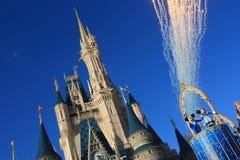 Castillo mágico del reino en el mundo de Disney en Orlando Fotos de archivo libres de regalías