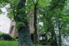 Castillo medieval arruinado en el chalet Sorra Fotografía de archivo libre de regalías