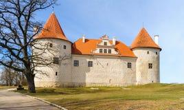 Castillo medieval en Bauska, Letonia Imagenes de archivo