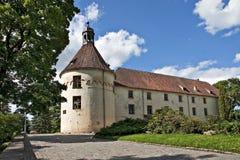 Castillo medieval en Jaunpils. Imagen de archivo libre de regalías