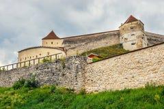 Castillo medieval en Rasnov, Rumania Fotos de archivo