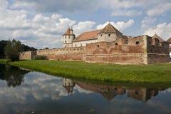 Castillo medieval famoso de Fagaras imagenes de archivo