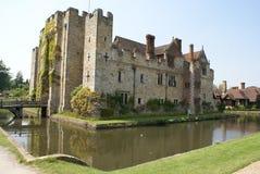 Castillo Moated con un puente Castillo de Hever, Inglaterra Imagen de archivo