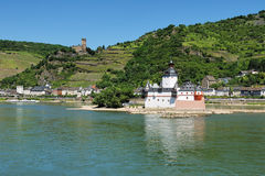 Castillo Pfalzgrafenstein en el medio del Rin cerca de Kaub Fotografía de archivo libre de regalías
