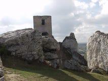 Castillo real en Olsztyn cerca de CzÄ™stochowa en Polonia imágenes de archivo libres de regalías