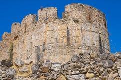 Castillo suabio de Rocca Imperiale Calabria Italia Fotografía de archivo libre de regalías