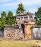Castillo viejo de la ciudad imperial en Hue Vietnam imagenes de archivo