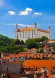 Castillo viejo en Bratislava en Sunny Day Imagenes de archivo