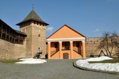 Castillo viejo en la ciudad Lutsk en invierno fotos de archivo