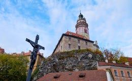 Castillo viejo en la colina, Cesky Krumlov Imagen de archivo libre de regalías