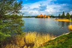 Castillo viejo medieval en Trakai, Lituania Foto de archivo libre de regalías