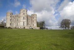 Castillo y argumentos de Lulworth fotos de archivo libres de regalías