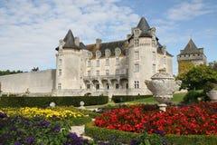 Castillo y jardín de Roche-Courbon del La foto de archivo libre de regalías