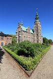 Castillo y jardín, Dinamarca de Rosenborg fotografía de archivo libre de regalías