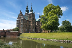 Castillo y parque de Rosenborg en Copenhague central, Dinamarca Fotografía de archivo libre de regalías
