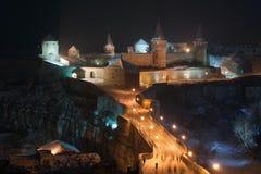 Castillo y puente de la noche Fotos de archivo libres de regalías