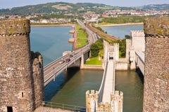 Castillo y tres puentes, País de Gales Reino Unido de Conwy Foto de archivo libre de regalías