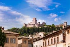 Castle αποκαλούμενου Assisi Rocca Maggiore στοκ εικόνα