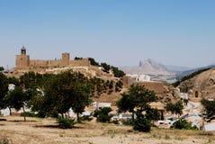 Castle και βουνό, Antequera, Ισπανία. Στοκ Εικόνες