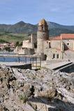 Castle και εκκλησία Collioure στη Γαλλία Στοκ φωτογραφία με δικαίωμα ελεύθερης χρήσης