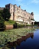 Castle και τάφρος, Warwick, Αγγλία. Στοκ Φωτογραφίες