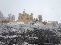 Castle και χιόνι Στοκ εικόνα με δικαίωμα ελεύθερης χρήσης