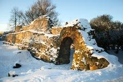 Castle μέσα καταστροφές κάστρων σε Dobele Στοκ Φωτογραφίες