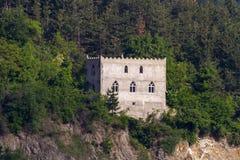 Castle στις ακτές στο σίδηρο Gare στοκ εικόνες με δικαίωμα ελεύθερης χρήσης