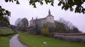 Castle στο πάρκο απόθεμα βίντεο