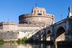 Castle της ιερής γέφυρας αγγέλου και αγγέλου του ST στη Ρώμη Στοκ φωτογραφίες με δικαίωμα ελεύθερης χρήσης