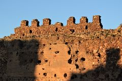 Castle of Almonacid de Toledo. This castle was most probably built by the Moors. It`s first mention was in 848 and in 854 it was the scene of a great battle Stock Photo