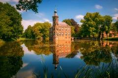 Castle Bouvigne και το περιβάλλον πάρκο στη Μπρέντα, Κάτω Χώρες Στοκ εικόνα με δικαίωμα ελεύθερης χρήσης