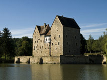 Castle at a lake Royalty Free Stock Photos
