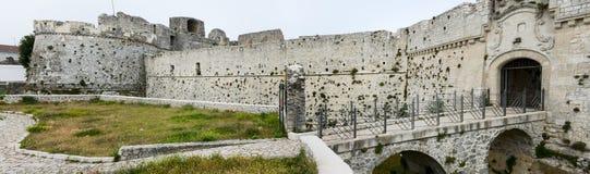 Castle Monte Sant'Angelo στην Πούλια Στοκ Εικόνα