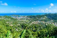 Castries, Santa Luc?a - playa tropical de la costa en la isla caribe?a de St Lucia Es un destino del para?so con una arena blanca fotografía de archivo libre de regalías