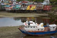 Рыбацкая лодка в Castro Стоковые Изображения