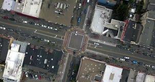 Castro District mit Regenbogenzebrastreifen in San Francisco in USA stock video