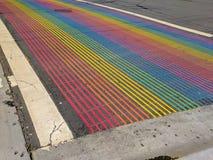 Castro District Rainbow Colored Crosswalk-Kruising, San Francisco, Californië royalty-vrije stock foto's