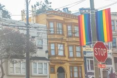 Castro District Rainbow Flags image libre de droits