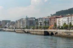 Castro Urdiales, łowi miasteczko przy cantabrian wybrzeżem Obraz Royalty Free