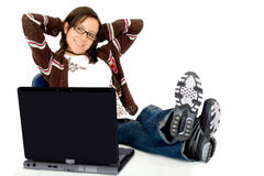 Casual girl relaxing, laptop Royalty Free Stock Photos