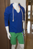 Casual Mens Beach Clothing on Store Mannequin Royalty Free Stock Photography
