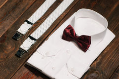 Casual set: shirt, suspenders and marsala bowtie Royalty Free Stock Image