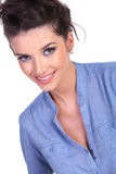 Casual woman smiles for you Royalty Free Stock Photography