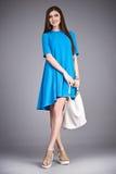 Catálogo da roupa da forma para acces ocasionais da coleção do verão do vestido do algodão de seda do partido da caminhada da reu imagens de stock