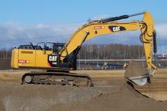 Free CAT 336e Hybrid Hydraulic Large Excavator - Caterpillar Stock Images - 67704674