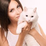 Cat Allergy Animal da posse da moça foto de stock royalty free