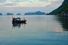 Cat Ba, Hai Phong, Vietname imagem de stock