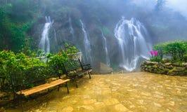 Cat Cat vattenfall, i den Cat Cat byn, Sapa, Vietnam Arkivfoto